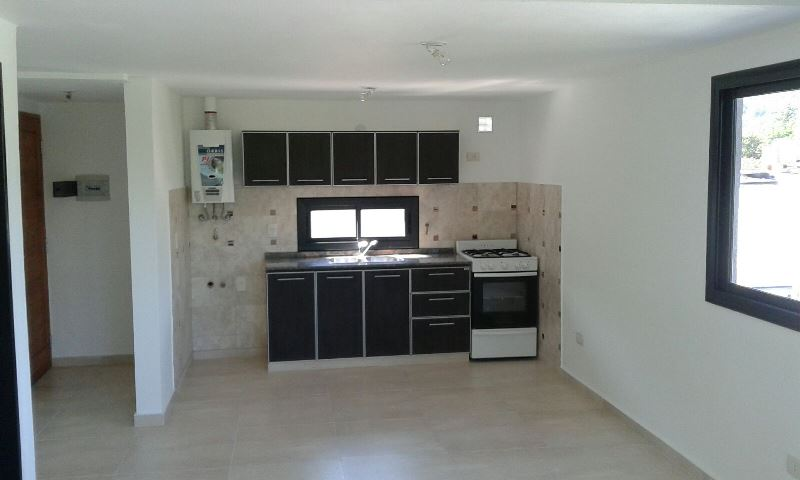 Duplex 2 dorm. a Mts. Costanera frente al Howard Johnson